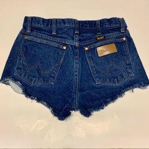 Vintage Wrangler Cutoff Shorts Size 30